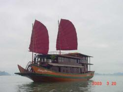 Dragon's Pearl Junk Cruise